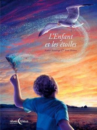 Chronique de l'album jeunesse L'enfant et les étoiles